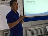 陈新荣,2013年饲料与动物营养专业毕业,先后担任新疆大北农牧业科技有限责任公司大区经理与新疆天康饲料有限公司销售主任,年薪20多万元。